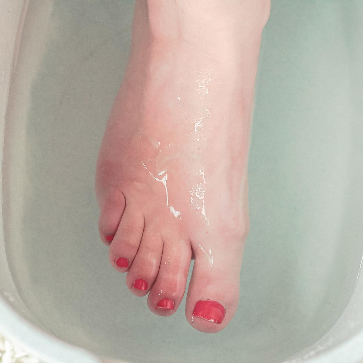 Overheating feet